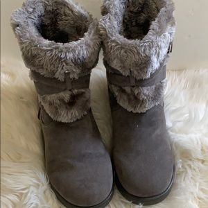 Guess boots size 10